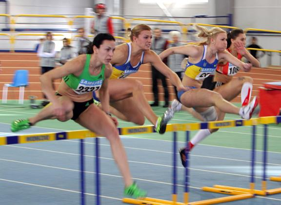 борьба Добринской и мельниченко на 60м с барьерами, пятиборье фото, чемпионат украины фото