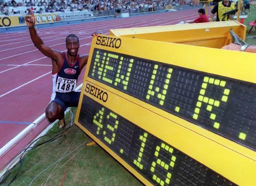 бег на 400метров фото, майкл джонсон фото, легкоатлет, Michael Johnson, тренировки майкла джонсона, рекордсмен фото