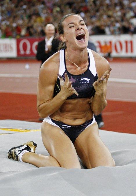 фото Елены Исинбаевой, прыжки с шестом фото, легкая атлетика