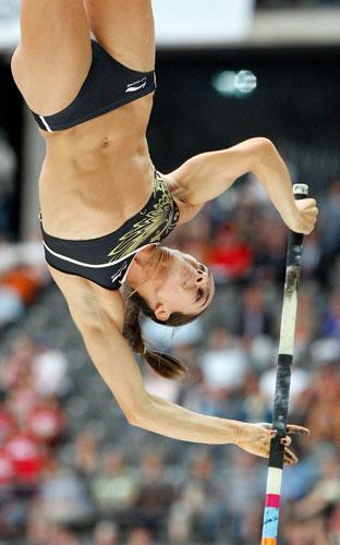 рекордные прыжки Елены Исинбаевой, спорт, легкая атлетика