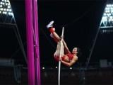 Как побили рекорд Елены Исинбаевой. Высота —  5,02м